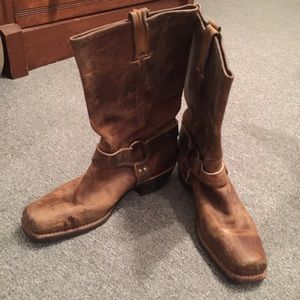 Authentic Frye square toe boots