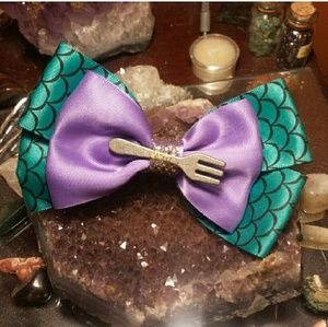 Little mermaid fork hair bow