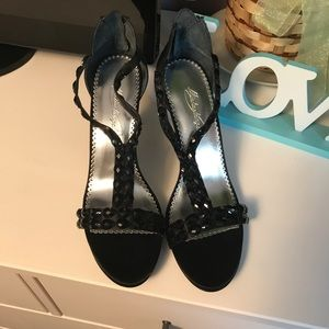 Shoes - NWT Black Heels with Black Gems