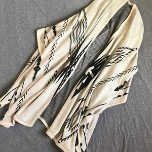 Sweaters - LAST ONE!! Aztec Knit Poncho Jacket