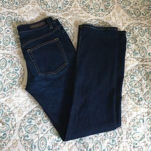 Elie Tahari Adena Straight jeans