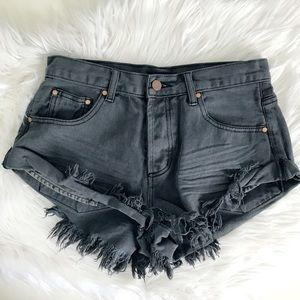 Frayed Denim Washed Shorts