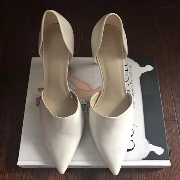 47854ad38b7 Zara White Heels Fashion Blogger Style. NWT