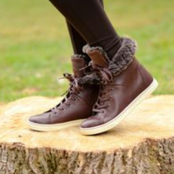 7a60f4ebaa8 New Ugg Croft Luxe Sneaker Nwt Tjhconnect Com