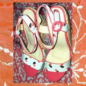 Shoedazzle Wedge Sandles Shoes Org Blk Tan Size 8
