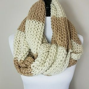 Accessories - Tan & Cream Chunky Knit Scarf