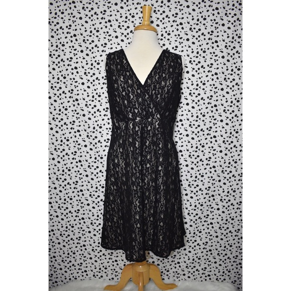 41ed913eb2a56 Lane Bryant Dresses   Skirts - Lane Bryant Plus Size Black Lace Cocktail  Dress 16