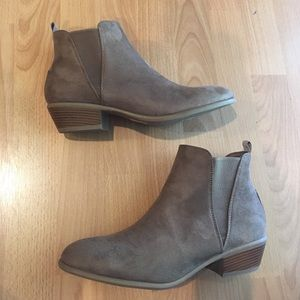 BRAND NEW Light Brown Bootie fit like 9.5