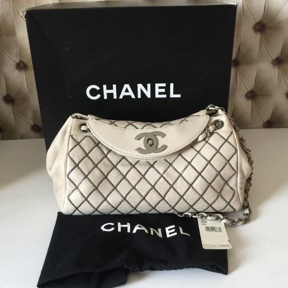 dd881ecb91da CHANEL Bags | Flash Sale Auth Petit Tote Bag | Poshmark