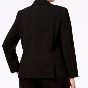 858731ccbac Tahari Jackets   Coats - Tahari ASL Plus Size One-Button Blazer Black