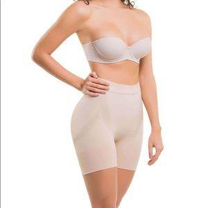 Colombian Seamless Thermal Tummy Minimizer Shorts