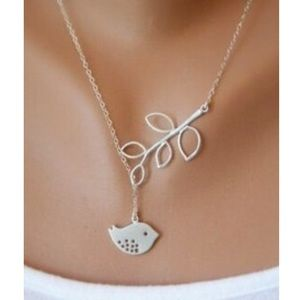Jewelry - silver singing birdie necklace and earring set