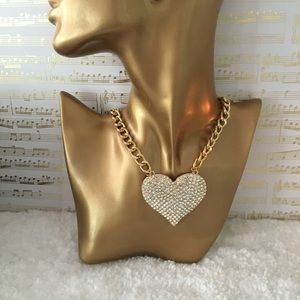 Jewelry - Heart statement necklace