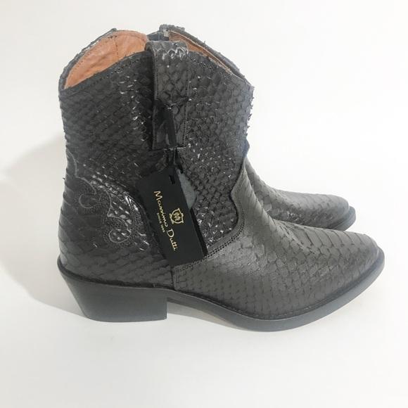 c2f20b1da40 Massimo Dutti Leather western boots NWT