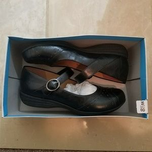 Comfort Plus by Payless