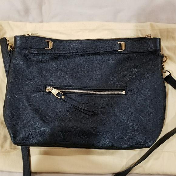 56fd382d4a8b Louis Vuitton Handbags - Louis Vuitton Bastille PM black leather crossbody