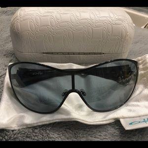 475e089aa3e Oakley Accessories - Oakley Breathless polarized black sunglasses women