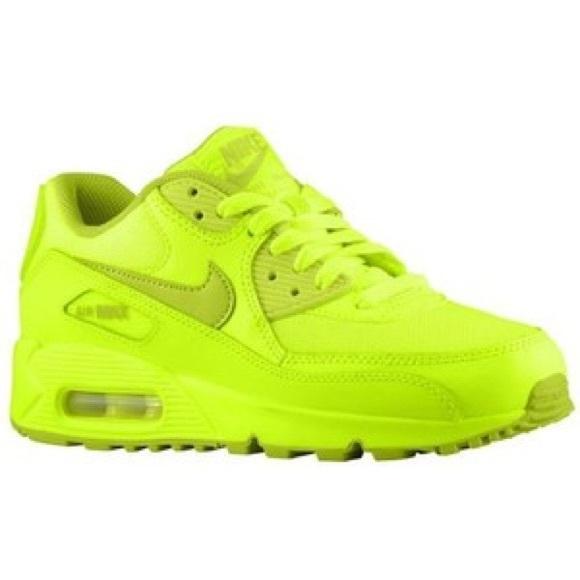 separation shoes 975ac 9735d BOYS Nike Air Max 90 Neon Green. M 59b1776bd14d7b127d00bccb