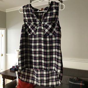 SKIES ARE BLUE Flowy plaid tank top, size S