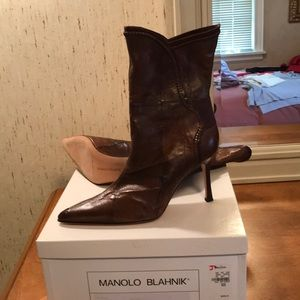 NWB authentic Manolo Blahnik boots.