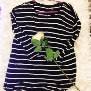 Final $ A.N.A. Large Black and White Striped Tee