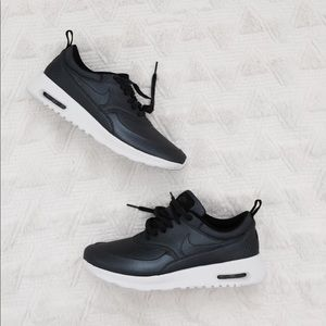 Brand new Nike air max Thea
