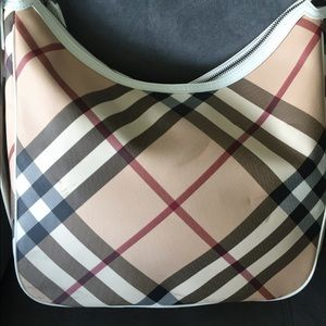 Burberry Bags - 💯 authentic Burberry supernova check large hobo dfac0672a3