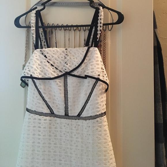 dab66f39ea6 Gianni Bini Dresses   Skirts - Gianni Bini - Sophie dress size 0