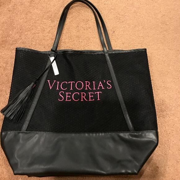 e4bad7278c8d 🆕Victoria s secret Black pink logo tote bag