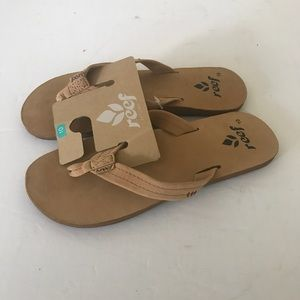 Reef sandals size 10