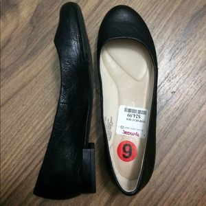 Brand new Rockport black leather flats size 6