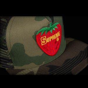 Supreme Camo Strawberry Hat