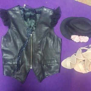 Jackets & Blazers - Leather vest M