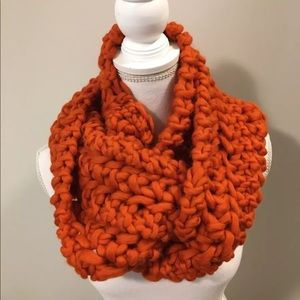 Accessories - New! Thick Hand Knit Pumpkin Scarf