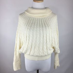 Wow Couture Small Cream Knit Sweater