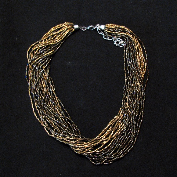 Jewelry - (3/$23) Multi-stranded necklace