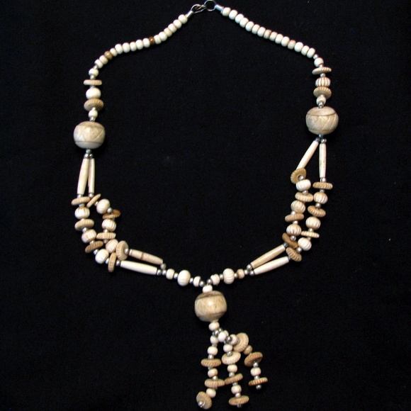 Jewelry - (3/$23) Boho style necklace