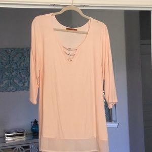 Tops - Elbow length shirt in peach 🍑