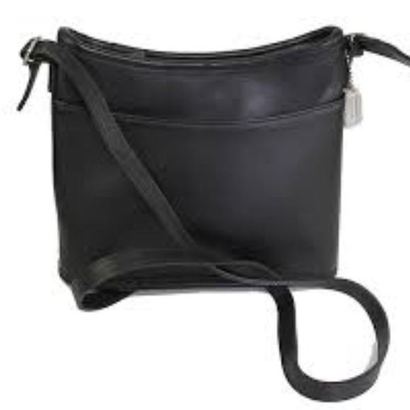 Coach Handbags - Vintage Coach Leather crossbody
