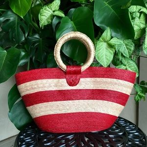 Red & tan oversized basket bag w/ circle handles