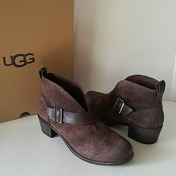 0821949284c UGG BOOTS WRIGHT STOUT BROWN BELTED ANKLE BOOTIES NWT