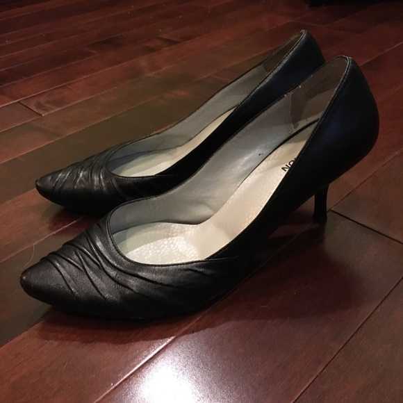 a739e65081b Kenneth Cole Reaction Shoes - Kenneth Cole Reaction pointed toe high heel  pumps