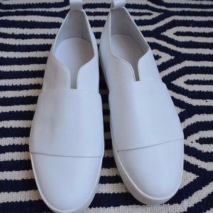 cbd4022e10d Vince Shoes - VINCE. Wallace Leather Platform Skate Sneakers