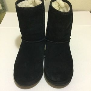 Emu Shoes - EMU Black Boots Size 9