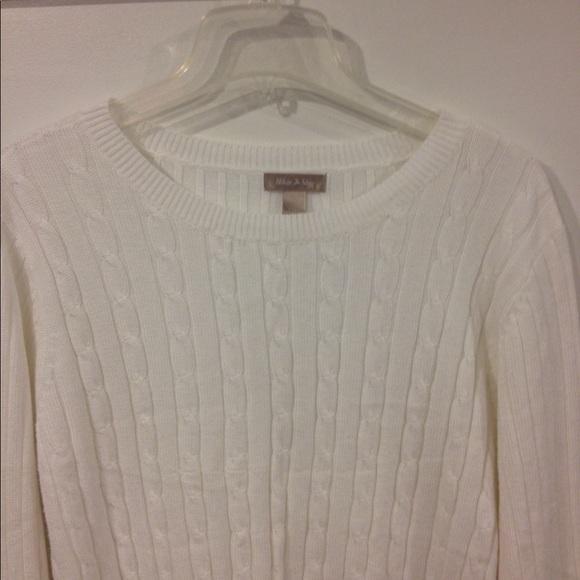 White Stag 2X(20) Sweater good condition. M 59b204174e95a3b1620166f9 df24fc5bb