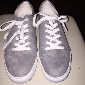 Kenneth Cole Reaction suede sneakers.