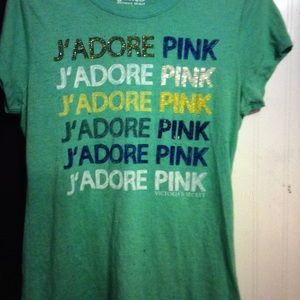 Geeen tee by pink by vs