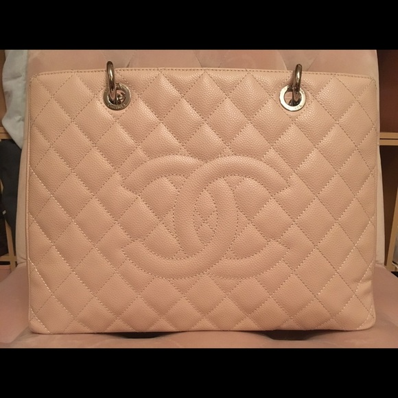 1a12e999cfca CHANEL Handbags - New Chanel Grand Shopping Tote GST in Light Pink