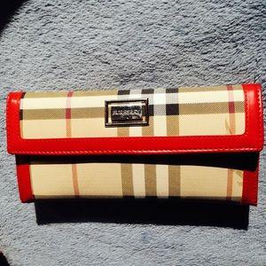 Handbags - ❤️ Burberry ❤️ Plaid Wallet