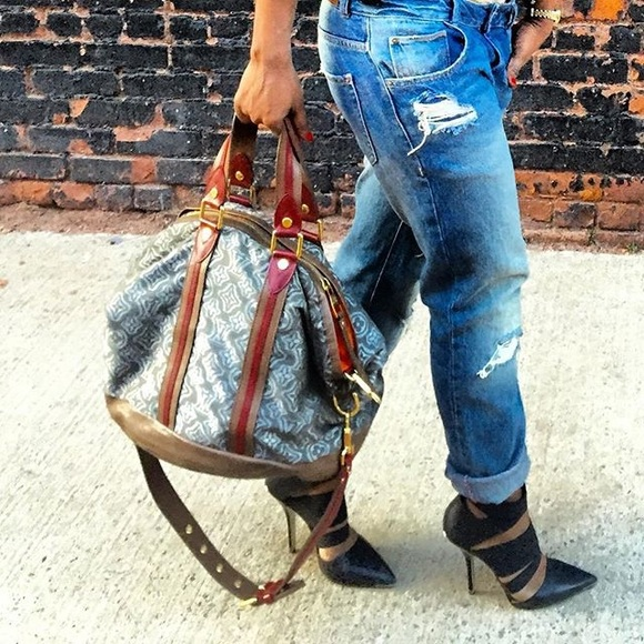 32dd01f427a9 Louis Vuitton Handbags - Limited Edition Louis Vuitton Fabric Aviator Khaki